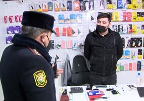 Sumqayıtda reyd keçirildi, mağazalara maskasız daxil olanlar cərimələndi - VİDEO
