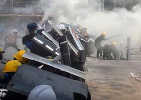 Myanmada öldürülən etirazçıların sayı 71-ə çatıb - YENİLƏNİB