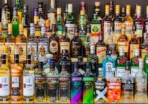 Азербайджан сократил импорт напитков на 55%