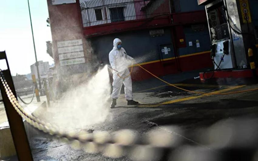 В мире за сутки зафиксирован рекордный прирост заразившихся коронавирусом