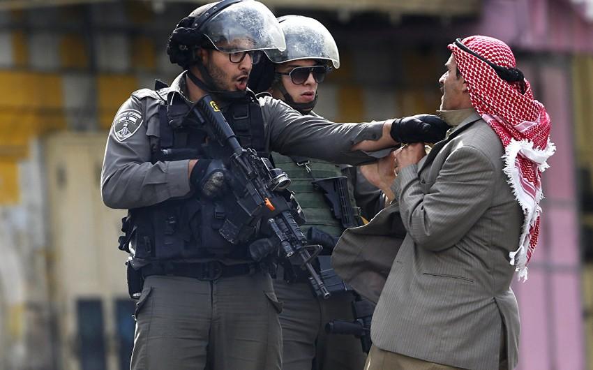 İsrail hərbçiləri bir fələstinlini güllələyərək öldürüb, digəri başından yaralanıb