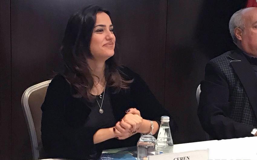 Türkiyəli aktrisa Bakıya gəlib