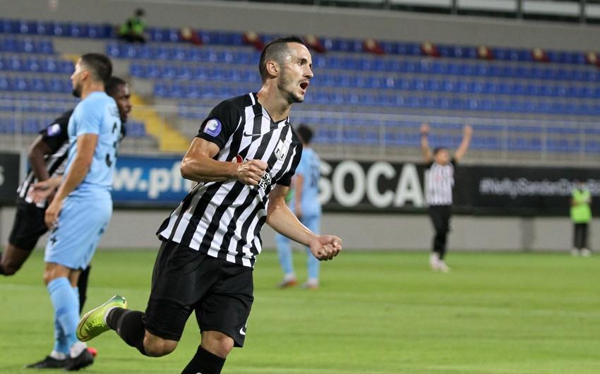 Millimizin futbolçusu Neftçidə 100-cü oyununu keçirdi