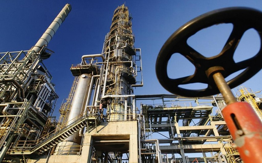 Azerbaijan becomes only oil supplier to Ukraine