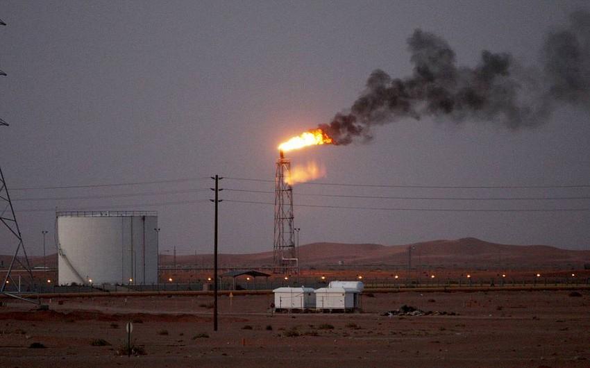 Krallığın neft obyektlərinə edilən hücumlar nəticəsində neft hasilatı 50% azalıb