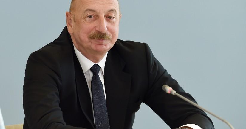 """İlham Əliyev: """"Nəyisə sürpriz kimi saxlamaq doğru addım idi"""""""