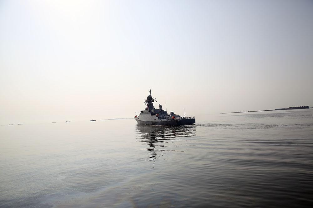 Caspian Flotilla's warships leave Baku port - VIDEO