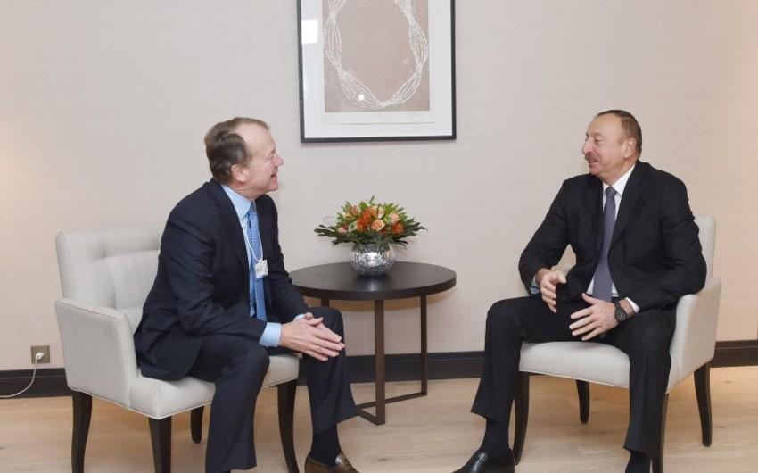 Prezident İlham Əliyev CISCO şirkətinin icraçı sədri ilə görüşüb - YENİLƏNİB