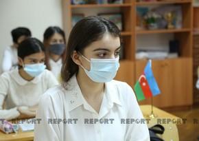 Are face masks mandatory for schoolchildren?