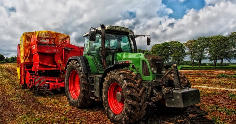 Грузия закупает тракторы у Азербайджана