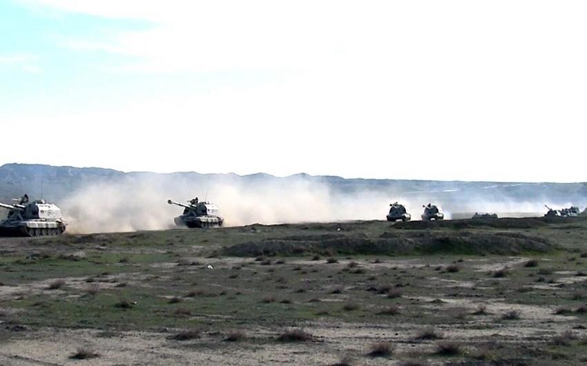 Azərbaycanın Raket və Artilleriya Qoşunları əməliyyat təliminin tapşırıqlarını icra edir - VİDEO