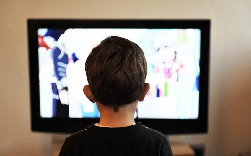 Ombudsman uşaq televiziyasının yaradılmasını təklif edir