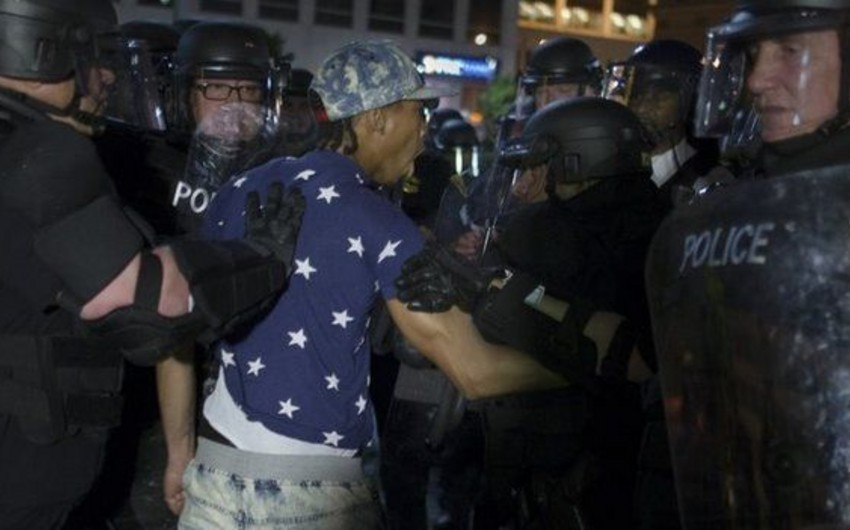 ABŞ-da polisin irqi ayrı-seçkiliyinə etiraz aksiyaları yenidən başlayıb