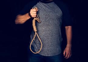 В Баку повесился молодой человек