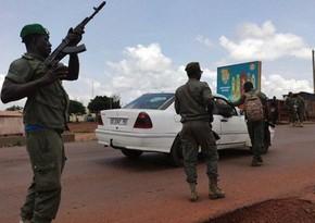 Fransa sülhməramlıları Malidə toyu bombalayıb, 100 nəfər ölüb