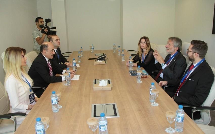 Əbülfəs Qarayev Avropa Tarixi Termal Şəhərlər Assosiasiyasının prezidenti ilə görüşüb