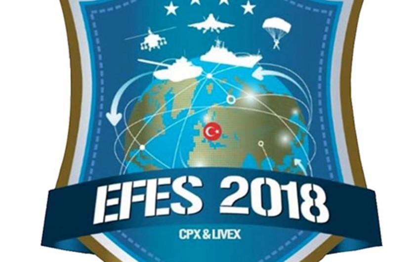 Azerbaijan Defense Minister visits the Efes-2018 Exercises Management Center