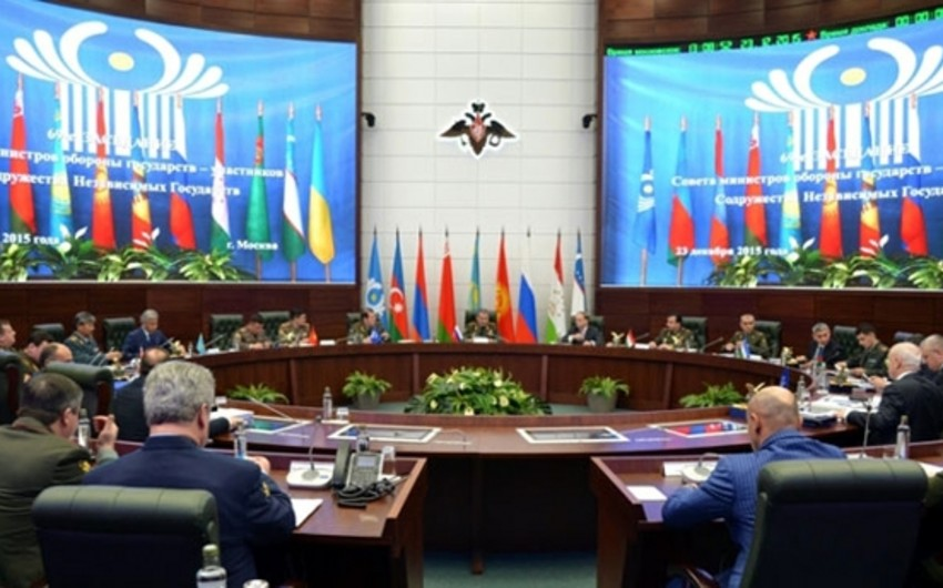 Zakir Hasanov attends meeting of CIS Defense Ministers Council