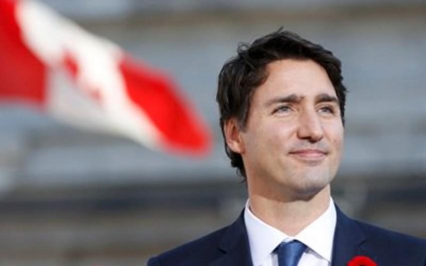 Kanadanın baş naziri Trampla danışıqlar aparacaq