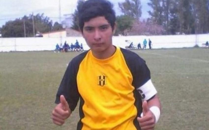 Futbolçu penalti zərbəsini qaytardıqdan sonra dünyasını dəyişib