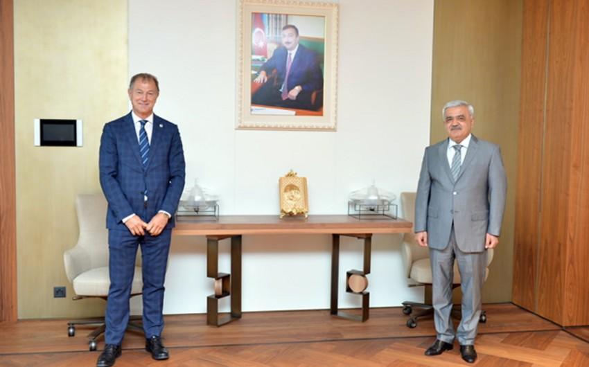 Rovnag Abdullayev meets with Gianni DeBiasi