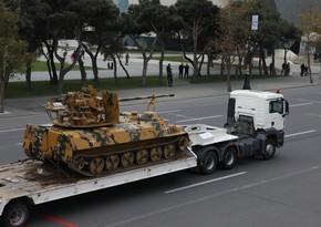 İlham Əliyev: Erməni tankları Bakıya gəldi, amma qənimət kimi