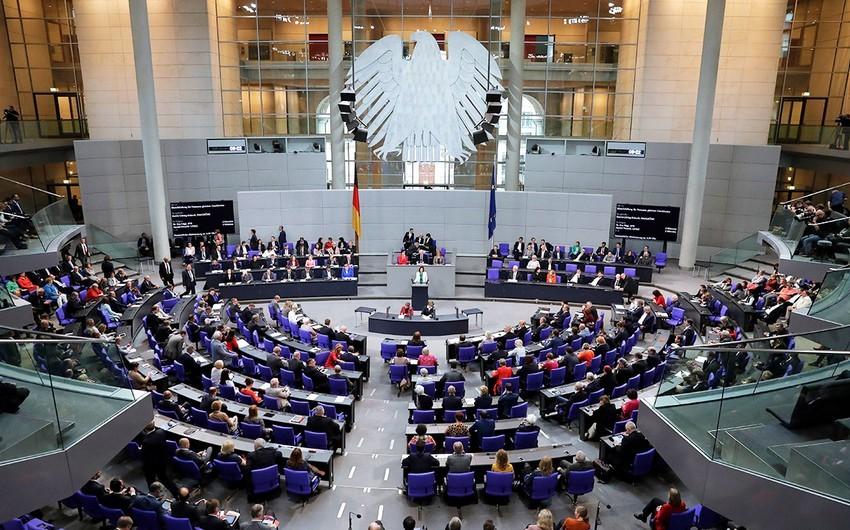 Almaniya parlamenti Türkiyəyə silah embarqosuna dair layihəni rədd edib