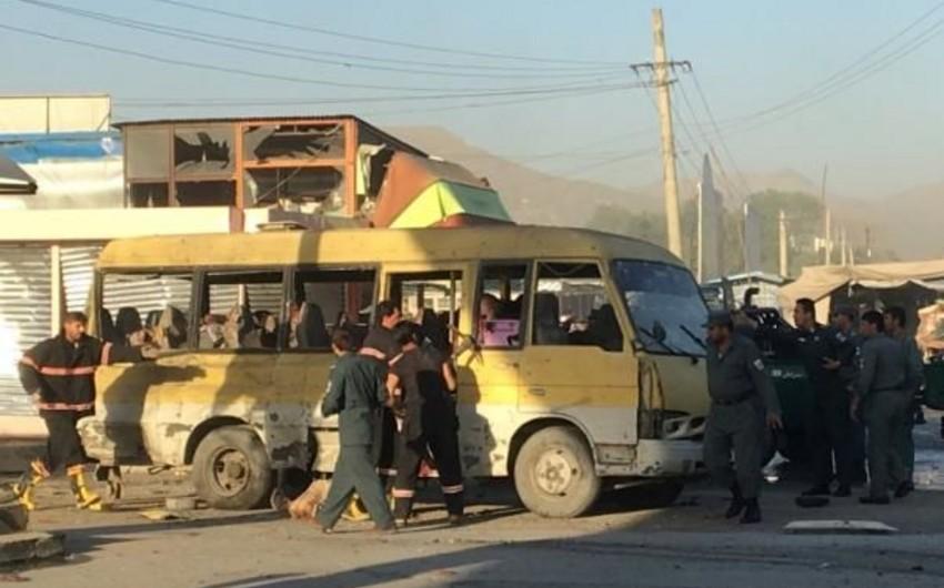 Explosion of minibus kills 14 people in Afghan capital