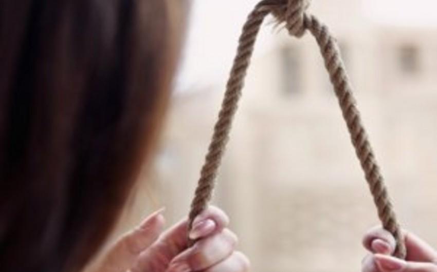 Biləsuvarda 23 yaşlı qadın intihar edib