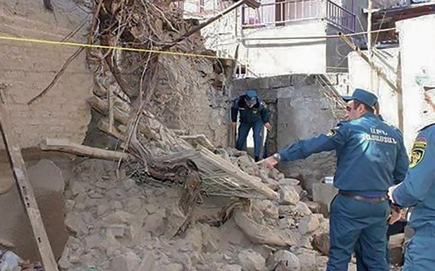 Ermənistanda torpaq sürüşməsi nəticəsində dağıntılar altında qalanlardan ikisinin meyiti çıxarılıb - YENİLƏNİB