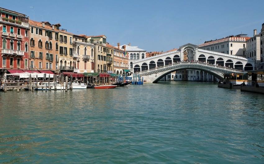 Venesiyada turistlər üçün yeni vergi tətbiq olunacaq