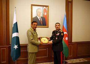 General: Pakistan Azərbaycanla hərbi əməkdaşlığı yeni müstəviyə çıxarmaq istəyir