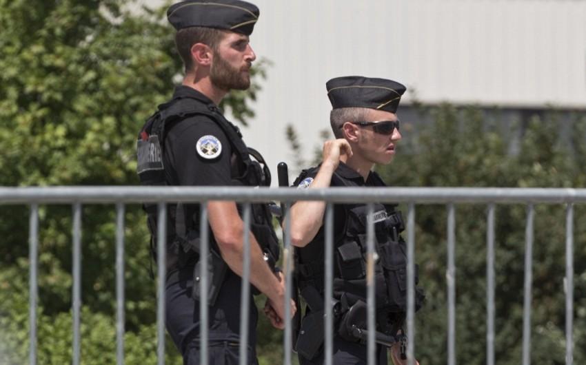Fransada atışma nəticəsində 3 nəfər ölüb