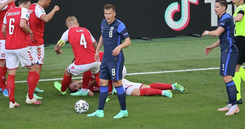 Danimarka - Belçika matçı 10-cu dəqiqədə dayandırılacaq