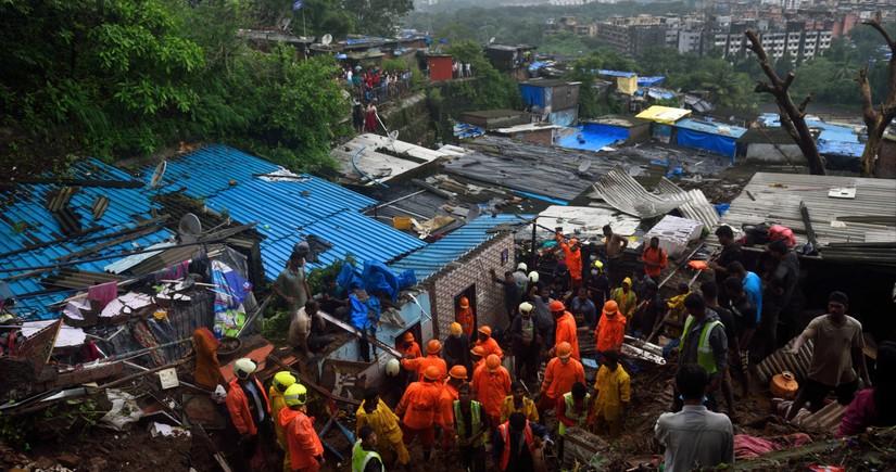 Hindistanda leysan yağışlar 129 nəfərin ölümünə səbəb oldu