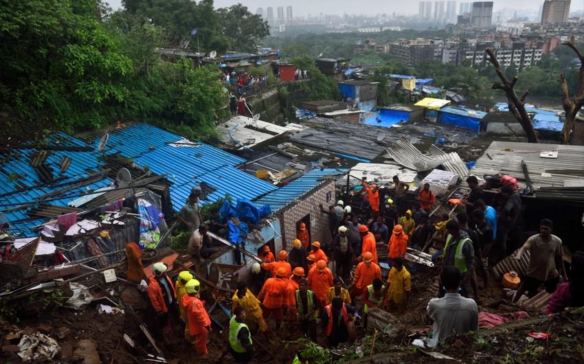 Число погибших из-за ливней и оползней в Индии достигло 129 человек