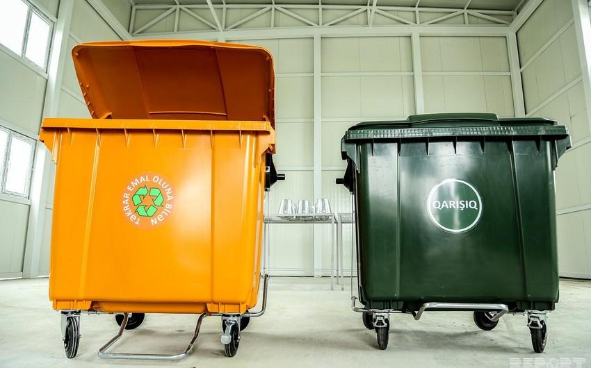 Bakının bəzi yerlərində zibil konteynerlərinin azalması araşdırılır