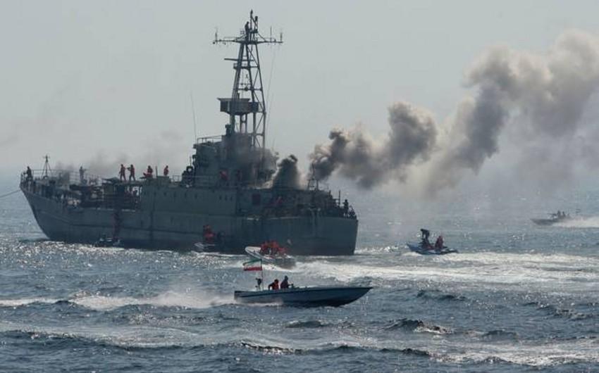 İran Sinqapur gəmisinə atəş açıb
