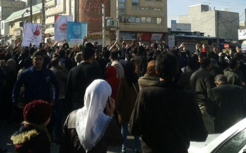 İrana 1 339 adda məhsulun idxalı qadağan edilib