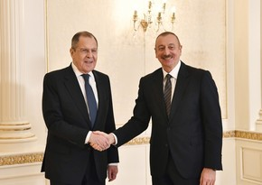 İlham Əliyev Rusiyanın xarici işlər nazirini qəbul edib