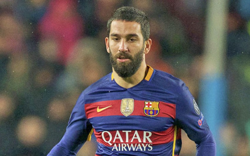 Arda Turan: Messi futbol tarixinin ən güclü oyunçusudur