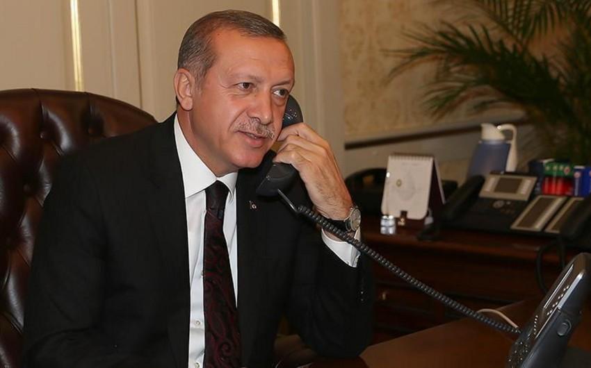 Türkiyə və Ukrayna prezidentləri arasında telefon danışığı olub
