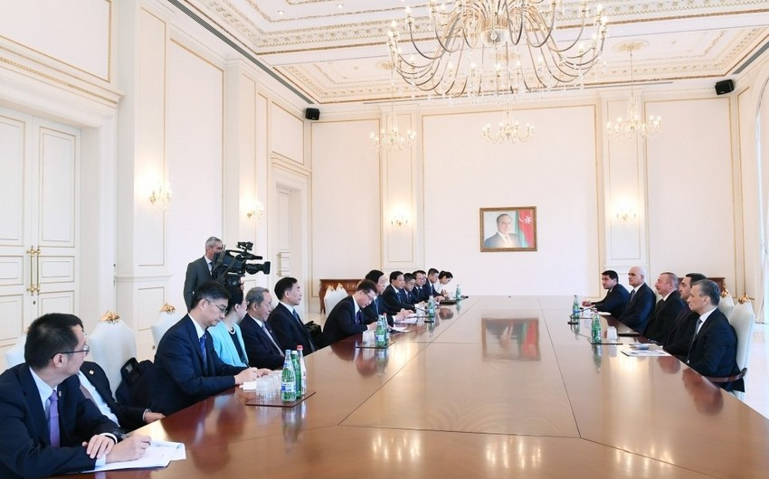 President Ilham Aliyev received delegation led by chairman of Standing Committee of National People's Congress of China