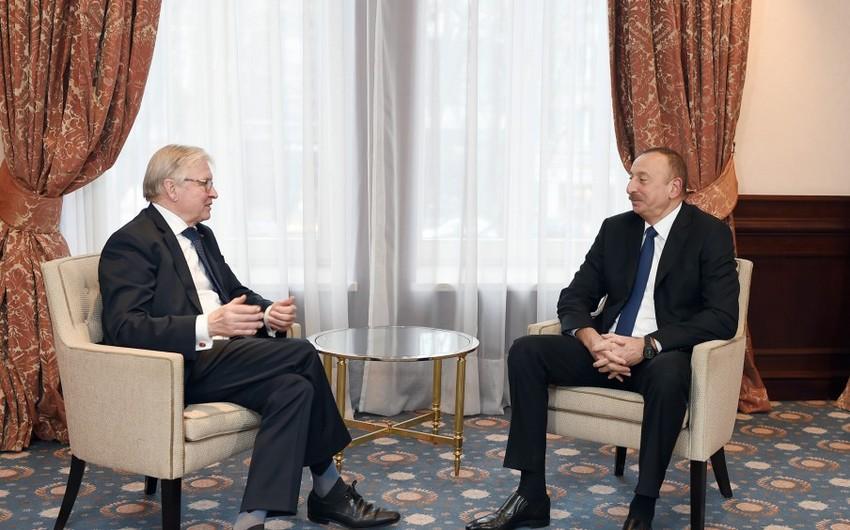 İlham Əliyev AŞPA-nın sabiq prezidenti Rene Van der Linden ilə görüşüb - ƏLAVƏ OLUNUB