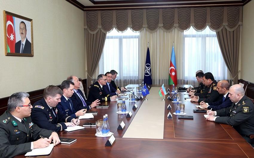 Colonel General Najmeddin Sadikov meets with Supreme Allied Commander Europe
