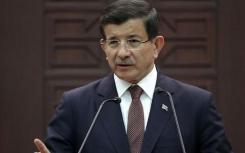 Премьер-министр Турции: Лучше бы Асад остался в Москве подольше