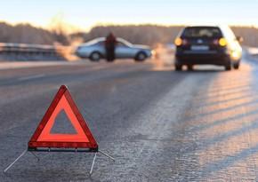В Лерике автомобиль упал с горы, трое погибли - ОБНОВЛЕНО