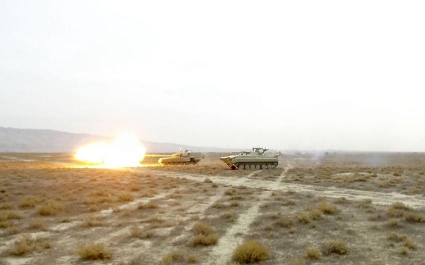 Подразделения Азербайджанской армии провели учения с боевой стрельбой - ВИДЕО
