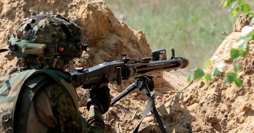 MN: Ermənistan ordusunun alay komandiri ağır yaralanıb