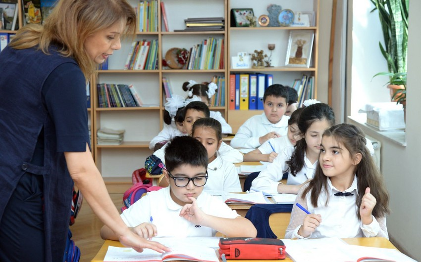 Yeni dərs ilində Bakı məktəblərində 414 844 şagird təhsil alacaq